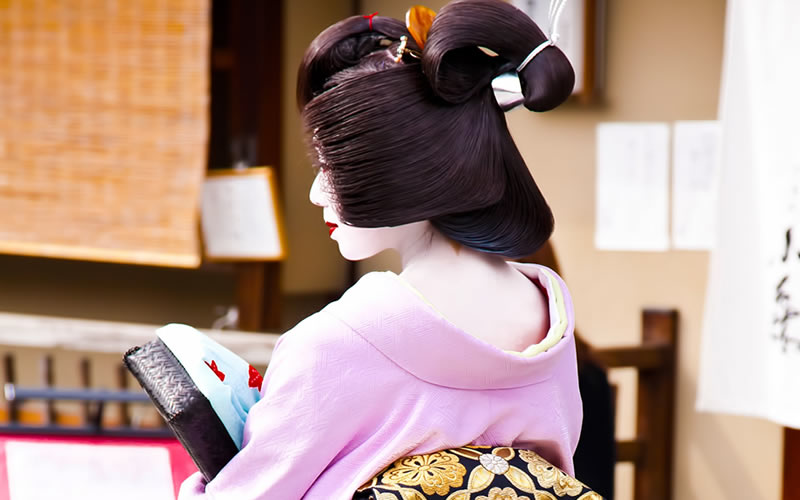 Flow of Maiko transformation